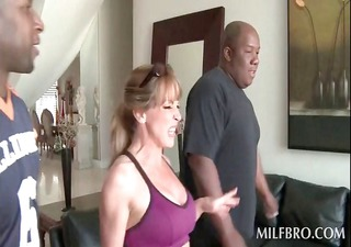 blond cougar talked into good fuck