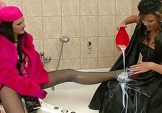 retro dressed milf whores having fun in the bath