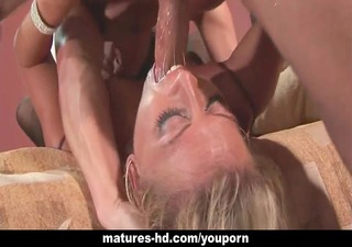 mature d like to fuck acquires her arse fucked